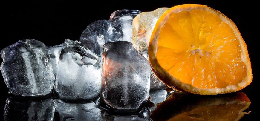 3 modi per utilizzare le vaschette per i cubetti di ghiaccio
